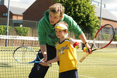 Simon McFarland, Racquets Director for the Summer Camps